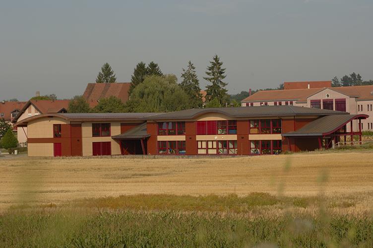 Ecole primaire Court-Champs